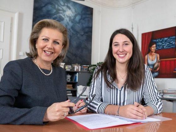 Landesrätin Patrizia Zoller-Frischauf und JVP Landesobfrau LA Sophia Kircher / (c) Foto: VP-Tirol/Angerer